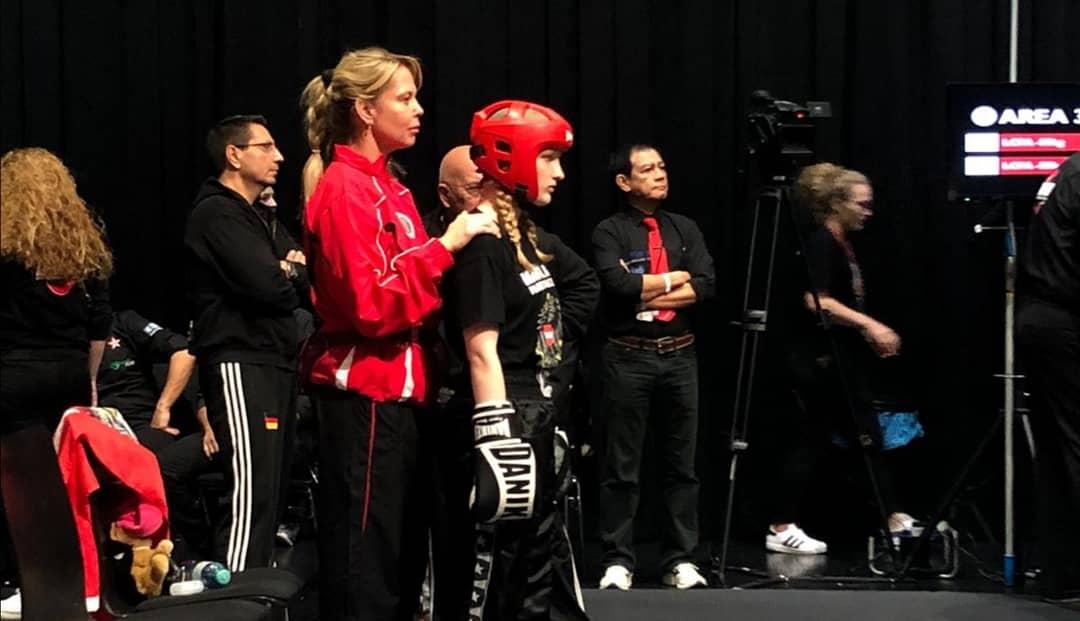 Kickboxen als Wettkampfdisziplin geht auf das Jahr 1974 zurück